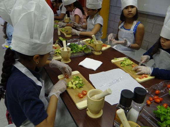 Kids cooking 2